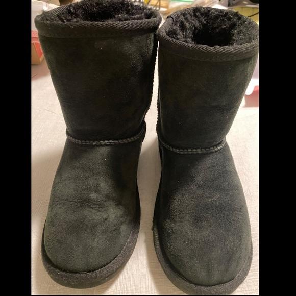 UGG Shoes   Kids Size 13 Black   Poshmark